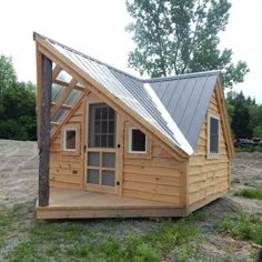 12x14 Writers Haven - shown with adirondack siding