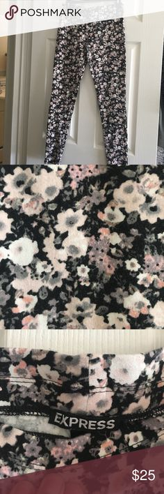Express floral Leggings Floral express leggings with wide waistband, super comfy. Express Pants Leggings