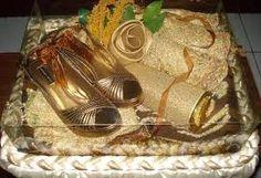 Hasil gambar untuk hantaran pernikahan pakaian dalam