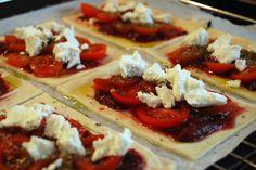 Tomaten-Ziegenfrischkäse-Tarte Foodblogger, Waffles, Breakfast, Pie, Tomatoes, Food Food, Simple, Recipies, Morning Coffee