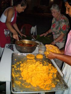 A blog about Panamanian food, recipes, culture and our cookbook Flavors of Panama.