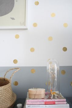 gold spotty wall