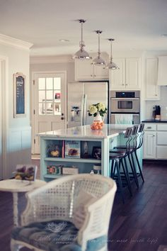 beautiful and bright kitchen remodel | the MomTog diaries