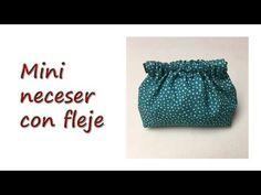 Mini Neceser con fleje - YouTube Patches, Mini, Youtube, Bags, Tutorials, Creativity, Models, Fabric Wallet, Fabric Purses