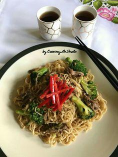 Beef And Broccoli Yakisoba