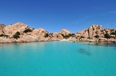 This year the Sardinian beaches awarded with Blue Flags by FEE (Foundation for Environmental Education) are six: this is an important international certification because FEE is a non-profit organization and Blue Flag criteria include stringent standards for water quality, safety, environmental education and information.
