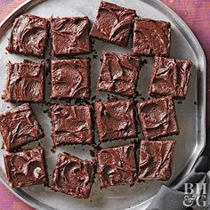 Enjoy delectable chocolate desserts even on the gluten-free diet! These chewy, fudgy brownies use a homemade gluten-free flour mix to bake moist brownie bars. Only 20 minutes of prep time makes this dessert an easy and quick dish! Gluten Free Cookie Recipes, Gluten Free Brownies, Gluten Free Sweets, Gluten Free Cookies, Gluten Free Baking, Free Recipes, Bhg Recipes, Cheesy Recipes, Fodmap Recipes