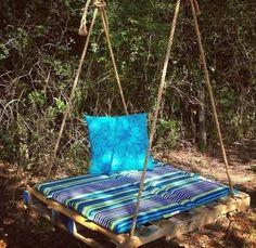 DIY Kids Pallet Furniture Projects- DIY Pallet Swing Bed