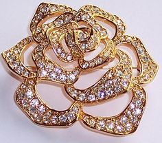 Elizabeth Taylor AVON 1995 The The Pave Crystal Rose Brooch.....Uploaded By www.1stand2ndtimearound.etsy.com