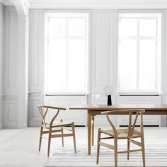 8 Quick Clever Hacks: Dining Furniture Modern Inspiration dining furniture design home.Contemporary Dining Furniture Home. Danish Furniture, New Furniture, Furniture Makeover, Furniture Design, Furniture Ideas, Ästhetisches Design, Comfortable Dining Chairs, Deco Rose, Minimalist Dining Room