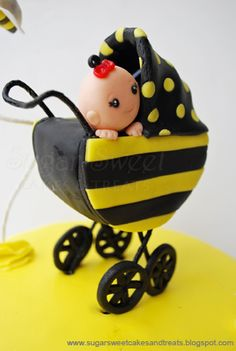 Sugar Sweet Cakes And Treats Bumble Bee Baby Shower Cake Cupcakes With Toppers