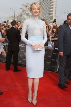 Emma Stone in a blue Emilio Pucci dress and Dana Rebecca Designs earrings.