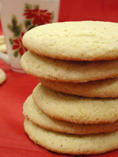 Southern Tea Cakes Recipe : Paula Deen : Food Network This. Köstliche Desserts, Delicious Desserts, Dessert Recipes, Yummy Food, Bambi, Tea Cake Cookies, Cupcakes, Sugar Cookies, Giant Cookies