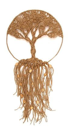 I don't think I could ever figure out how to make this macrame tree, but it's beautiful.