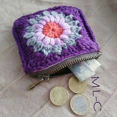 Well # love it # Small # and # practical! Crochet Wallet, Crochet Coin Purse, Crochet Tote, Crochet Handbags, Crochet Purses, Crochet Gifts, Knit Crochet, Crochet Earrings, Granny Square Crochet Pattern