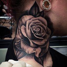 Black and grey rose tattoo by Francisco Sanchez, Alhambra. Photo from Instagram @frank310.