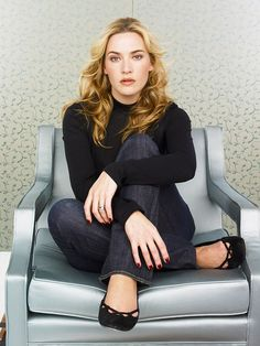 Kate Winslet as Sasha Blake in The Bronze Box and Solomon's Secrets Hollywood Actor, Hollywood Celebrities, Hollywood Actresses, Amazing Photography, Portrait Photography, Divas, Blond, Female Stars, Kate Winslet
