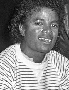 Photos Of Michael Jackson, Michael Love, Jackson Family, Hold My Hand, Janet Jackson, Mj, Slay, Joseph, Husband