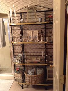 baker s rack used for towels and etc in the bathroom home decor rh pinterest com