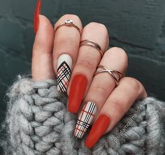 50 Stylish Winter Acrylic Coffin Nail Designs To Copy Right Now - Page 20 of 50 - Cute Hostess For Modern Women Simple Acrylic Nails, Best Acrylic Nails, Acrylic Nail Designs, Plaid Nail Art, Plaid Nails, Cute Nails, Pretty Nails, Burberry Nails, Dream Nails