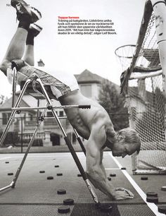 A photo of Nick Lidström working out in his backyard. From an acticle in the Swedish magazine Cafe. Hockey Drills, Hockey Teams, Ice Hockey, Hockey Stuff, Detroit Hockey, Detroit Sports, Red Wings Hockey, Sports Personality, Go Red