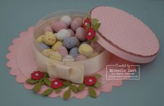 Easter-bonnet-shaped boxes! The post that follows has many of them in different colors...