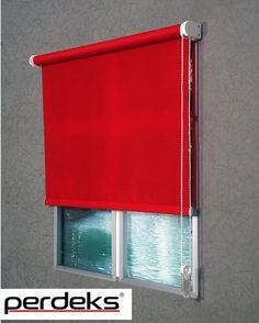 Kırmızı Polyester Stor Perde Çok Uygun Fiyatlarla Perdeks.com'da! Tükenmeden Alın