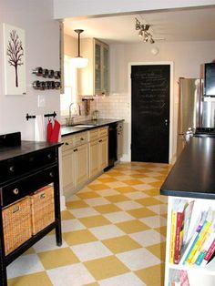 LOVE the floor!!! Future kitchen?