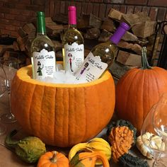 Start prepping for your Halloween party. Hollowed out a nice big pumpkin and fill it with ice. So festive! Bunco Themes, Bunco Ideas, Party Ideas, Harvest Party Decorations, Halloween Bunco, Halloween Dinner, Fall Harvest Party, Bunco Party, Thanksgiving Parties