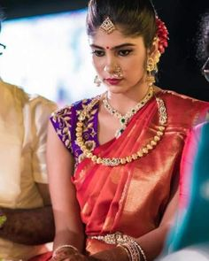 bridal sets & bridesmaid jewelry sets – a complete bridal look Pattu Saree Blouse Designs, Half Saree Designs, Bridal Blouse Designs, South Indian Bride, Indian Bridal, Hyderabadi Jewelry, Bridesmaid Jewelry Sets, Bridesmaid Earrings, Bridesmaids