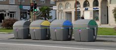 Contenedor de carga lateral ideal para zonas exteriores, de 3200 litros de capacidad. Canning, Ideas, Recycling Bins, Outer Space, Vivarium, Urban, Home Canning, Thoughts, Conservation