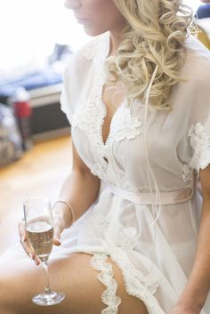 Our beautiful Real homebodii bride in the lovely lace Farrah robe. #bridal #robes #lace