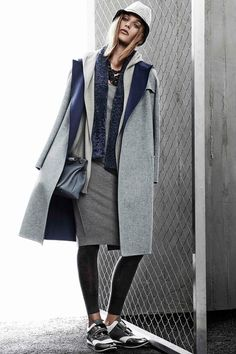 Have always loved their coats. Max Mara Resort 2015 #maxmara #jelminilovers #jelministyle #2015 #springsummer #spring #SS2015 #coat #coats #grey #sneakers #skirt