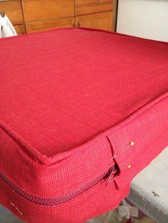 Side Red Cushions, Satchel, Bags, Fashion, Red Pillows, Handbags, Moda, Fashion Styles, Fashion Illustrations