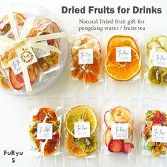 Pin by Ariani Sutanto on Binakasih in 2020 Fruit Packaging, Food Packaging Design, Homemade Tea, Fruit Gifts, Fruit Water, Dehydrated Food, Dehydrator Recipes, Tea Blends, Dried Fruit