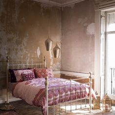 Buy the Jaipur Paisley Print Bedding Set from Marks and Spencer's range. Moroccan Style Bedroom, Moroccan Design, Vintage Bedroom Decor, Bedroom Rustic, Stylish Beds, Embroidered Cushions, Bedroom With Ensuite, Pink Room, Cushions On Sofa