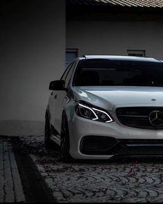Mercedes Benz Amg, Mercedes Benz Canada, Carros Mercedes Benz, Benz Car, Classe A Amg, Mercedes Benz Wallpaper, Merc Benz, Sports Car Wallpaper, Camaro Car