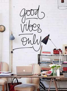 Adesivo de parede good vibes only - StickDecor | Decoração Criativa