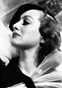Available now at: www.etsy.com/shop/vintageimagerystore George Hurrell, Joan Crawford, Prints For Sale, Antonio Mora, Hollywood, Actresses, Artwork, Vintage, Shop
