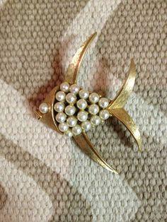 Vintage Brooch:  Pearls Goldtone Goldfish Pisces by crazyplatter