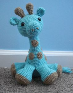 This giraffe is about twice the size of the first giraffe I posted. He's really big and really floppy and really huggable. I'd say he's about 15 inches in height. super cute! I take commissions and...