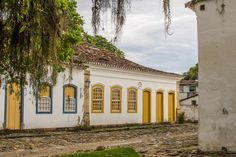 Walking Tour, Brazil, Mansions, House Styles, Instagram, Afro, Home Decor, Colonial Architecture, Old Houses