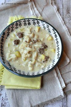 Experimente aus meiner Küche: Leichte Blumenkohl-Käse-Suppe mit Hackfleisch