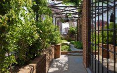 Axel-Vervoodt-Greenwich-Hotel-Tribeca-Penthouse-Roof-Garden-Remodelista-01