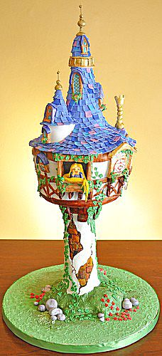 tangled cake...my daughter would love this...but I think it's a bit much.