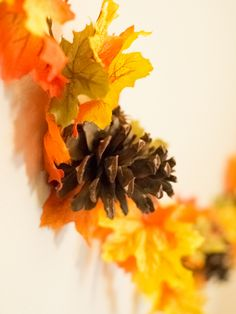 Thanksgiving Pinecone Garland #Thanksgiving #tablescape #Kids #table #Party