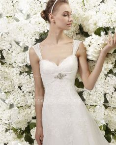 Elegant A-line Straps Beading&Crystal&Sequins Lace Chapel Train Wedding Dresses
