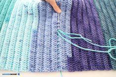 Crochet Mermaid Tail: Baby through Adult Sizes - Free Crochet Pattern Little Mermaid Tattoos, Little Mermaid Costumes, The Little Mermaid, Tattoo Mermaid, Mermaid Tail Skirt, Mermaid Tails, Mermaid Mermaid, Crochet Mermaid Tail Pattern, Vintage Mermaid
