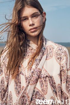 Pin for Later: Kaia Gerber's Teen Vogue Shoot Will Have You Convinced Cindy Crawford Cloned Herself  Kaia wears a printed blouse.