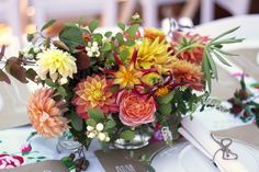 these people do amazing flower arrangements, very inspirational!